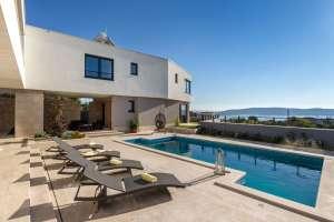 Villa Adria Hillside Retreat