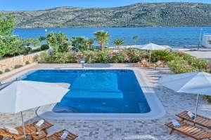 Villa Calm Sea